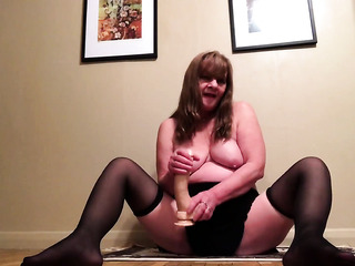 mature foot fetish