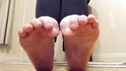 pretty mature foot worship