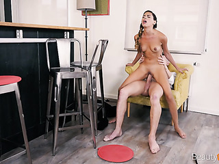 penetrating young pussy