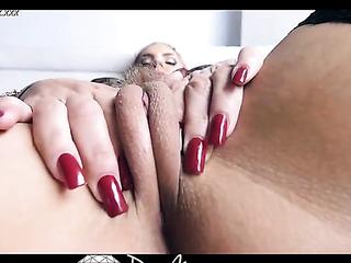 milf oils her great