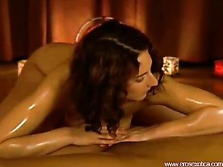 brunette hottie gives oil