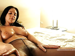 dark-haired milf with hairy
