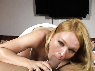 boobed blondei swallows dong