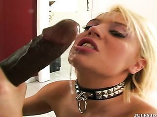 insatiable temptress works with