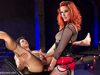 red mistress fishnet jeering