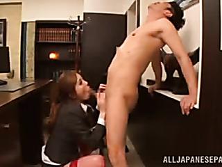 naughty office babe sucks