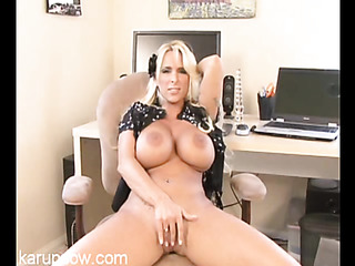 juggy blonde milf fucks