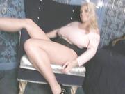 blonde, individual model