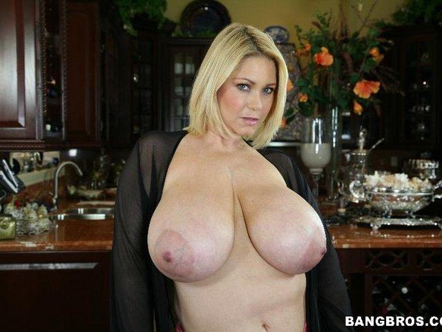 Samantha 38g lexxxi lockhart angelina castro shake tits ass 2