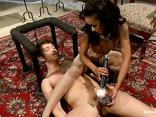 ebony mistress flogging her