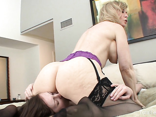 old blonde porn slut