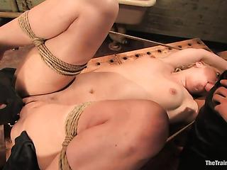 ponytailed blonde slave gets