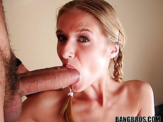 sexy big mouthfuls
