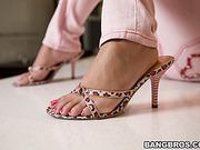 18+ teens, foot, toes, white