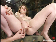 tied slave gets used