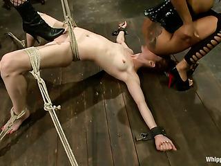 interracial threesome lesbian session