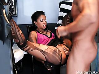 big cock shemale webcam