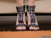 amateur, foot, rubbing, toes