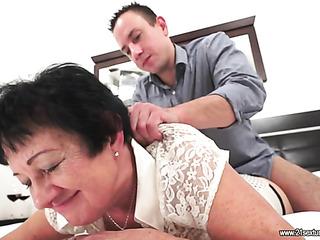 brunette granny enjoys fucking