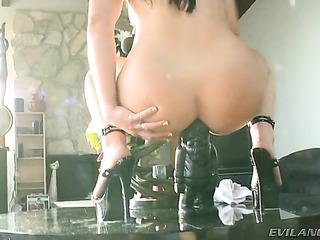 black haired slut spreads